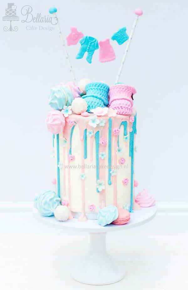 Drip Cake Bleu et Rose